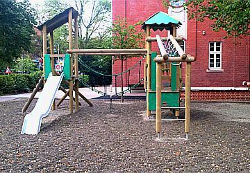 Spielplatz Bau Wernigerode 360x250